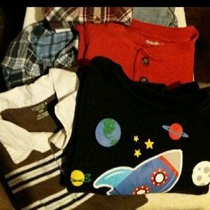 Must bundle..18 mounth bundle of clothes